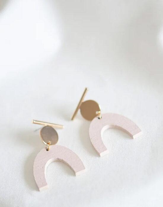 Studio NokNok: oorbellen pastel roze boog